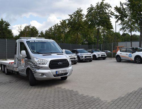 Neues Service Fahrzeug